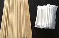 洗崇义竹筷子时猛搓是错误的