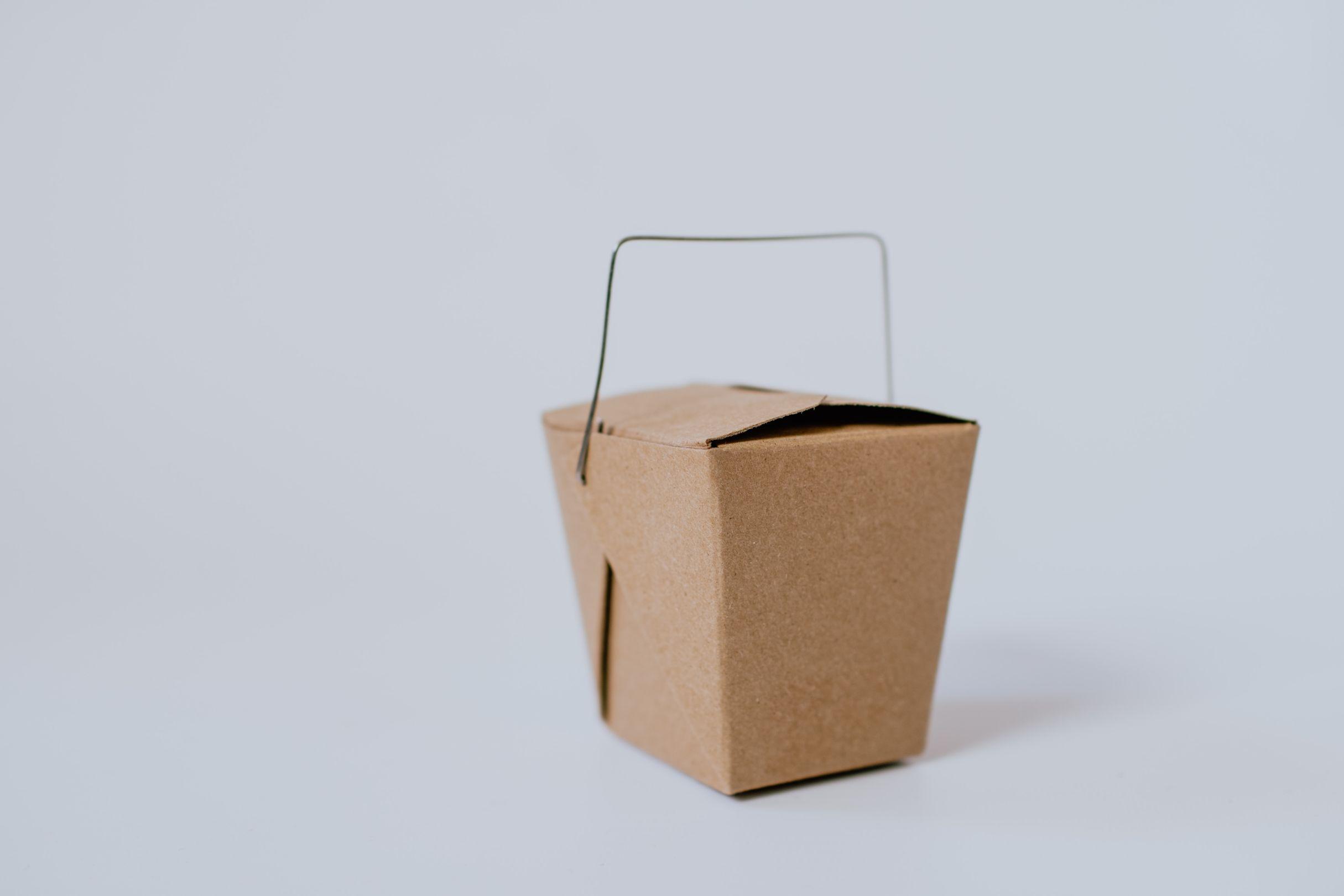 盒立方丨瓦楞纸箱如何做到防水防潮?